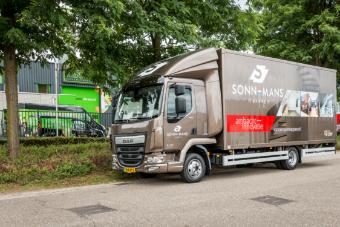 2017-vrachtwagen-belettering-sonnemans