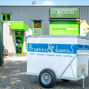 Belettering ijskar - Brownies & Downies, Weert