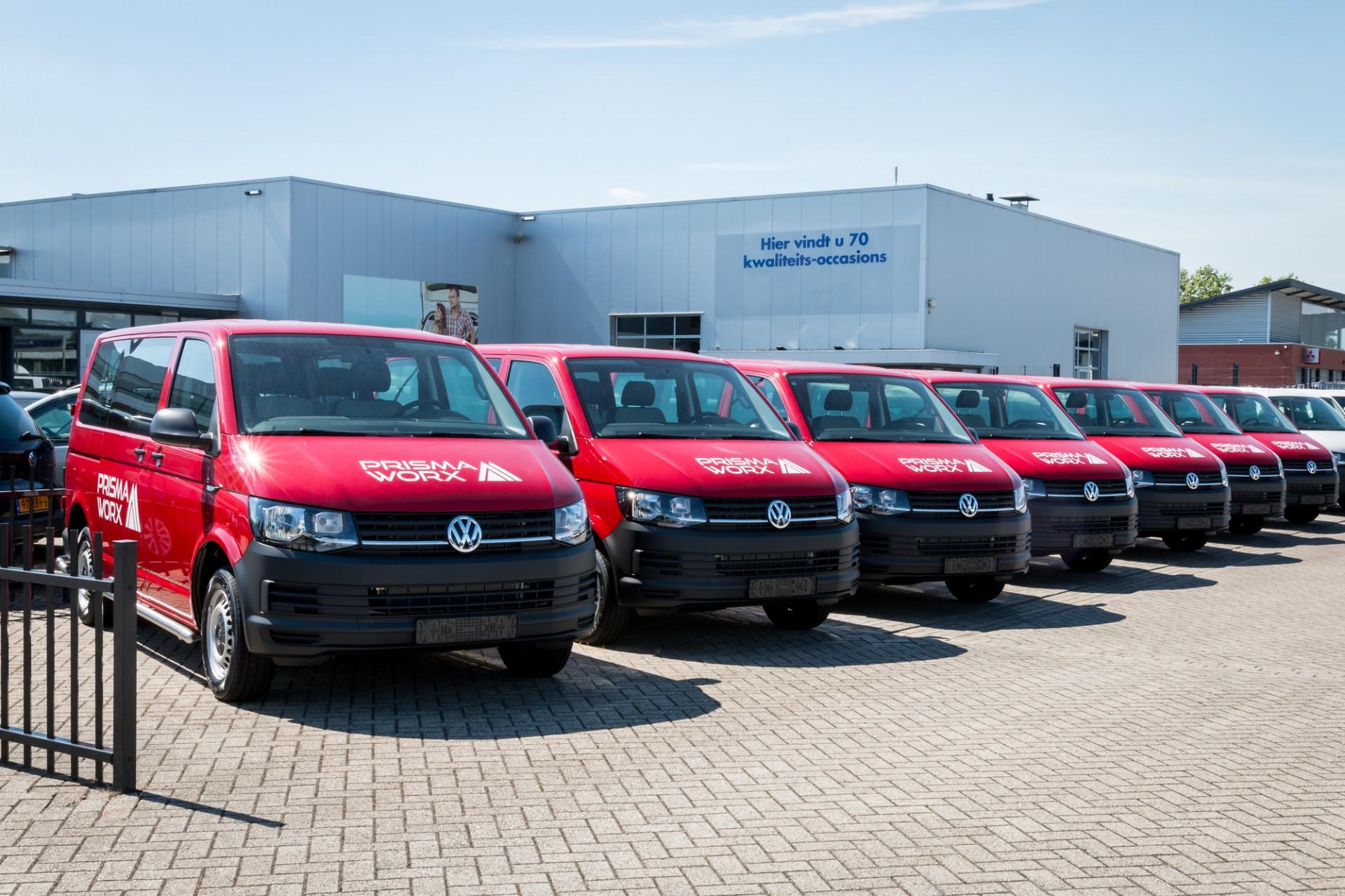 Busbelettering Volkswagen Transporter - PrismaWorx, Stramproy