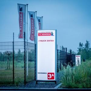 Verlichte zuil - Multimodale Terminal de Kempen, Weert