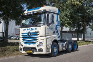 Belettering Mercedes Actros - Van den Boom Transport, Weert